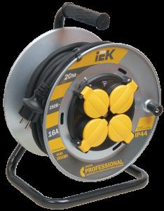 Катушка УК20 на мет. с термозащитой 4 места 2Р+PЕ/20м КГ 3х1,5мм2 IP44 Professional IEK