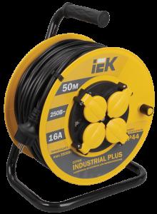 Катушка УК50 с термозащитой 4 места 2Р+PЕ/50м 3х1,5мм2 IP44 Industrial plus IEK